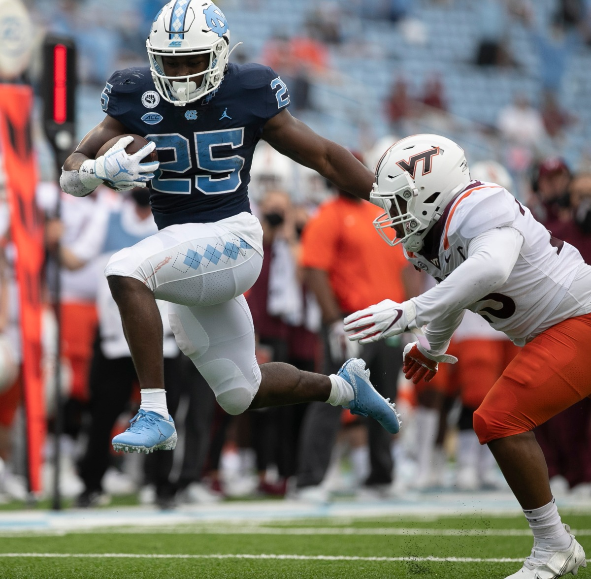Long passes, Newsome ignite UNC's offense and Carter, Williams run by Virginia Tech