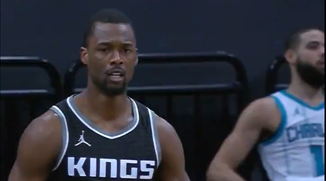 Tar Heels in NBA: Harrison Barnes scores 28 but Hornets pull off amazing rally against Kings